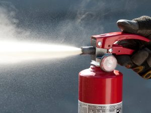 Estintore a schiuma grande efficacia su incendi generati - Estintore in casa ...
